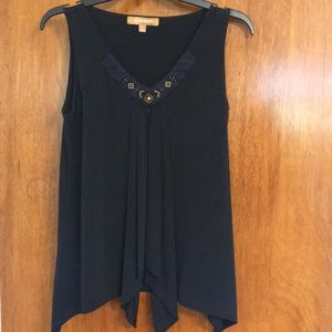 Navy blue tank top with neckline beading
